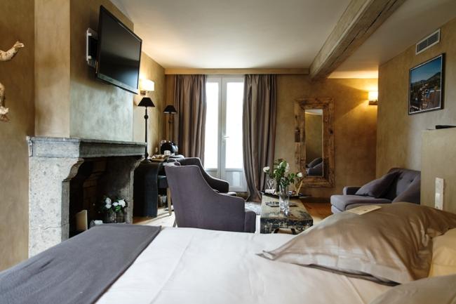 logis largit son offre client et renforce ses liens. Black Bedroom Furniture Sets. Home Design Ideas